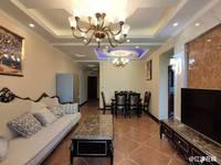 四牌坊小学旁。东城中央精装小三房,带品牌家具家电!012649