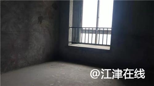 新荧鸿城清水2房看小区中庭